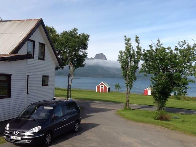 Koselig hus i Eidsfjorden - Sortland - บ้าน