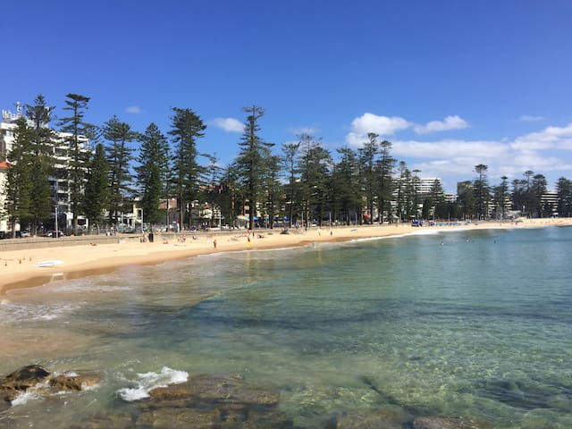 QUEENSY BEACH PAD – NEXT TO MANLY - Queenscliff - Apartment