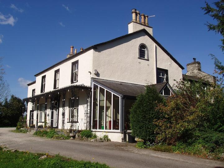 Wainwright House - Double Room