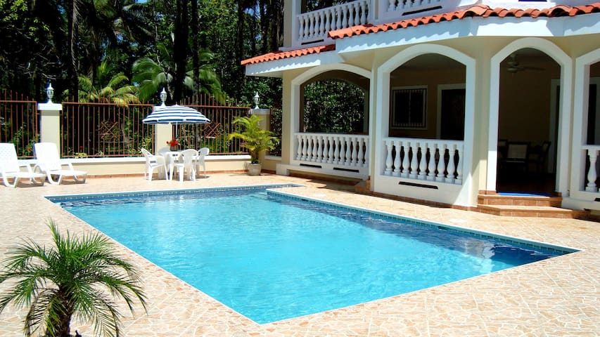 Wiona of VILLA PARAISO -A/C, BEACH & PRIVATE POOL