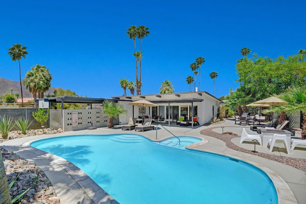 Pool, hot tub, fire pit, and plenty of lounge areas to enjoy unobstructed mountain views!