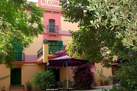 Habitación 3 con balcón grande - Villa