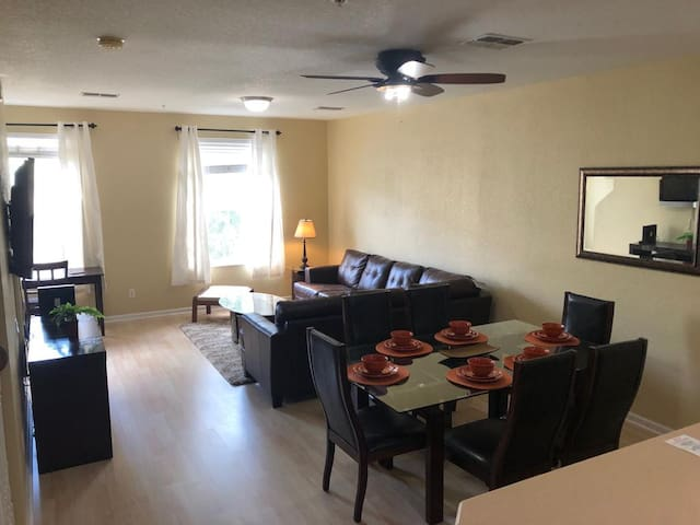 Spacious Accessible Ensuite/Conv Center, Universal