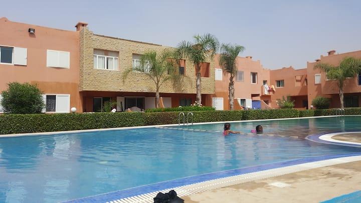 Duplex 110m ², residence with pool, near beach