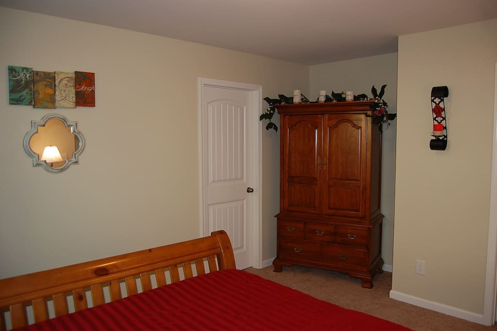 """Dresser Armoire with 32"""" TV. Internet channels provided (Amazon, Sling TV)"""