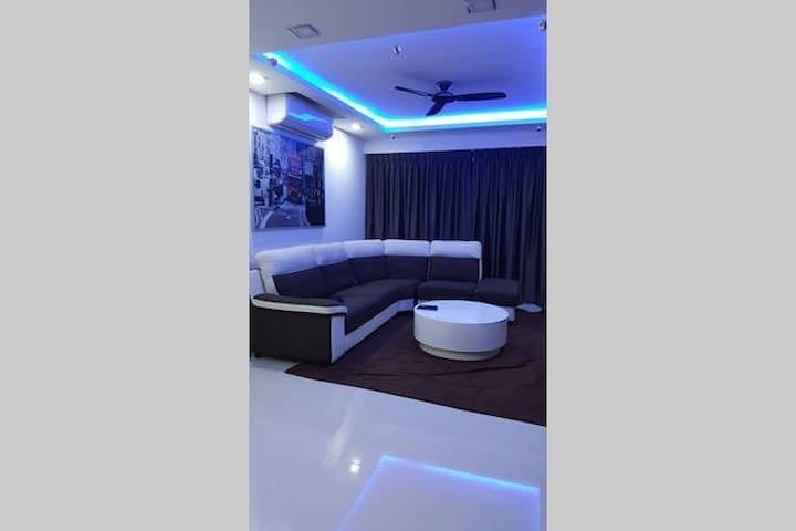 West private room near NTU