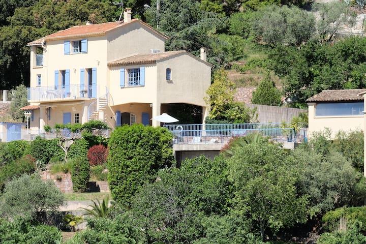 Lei Restanco, the family-friendly getaway - Les Adrets-de-l'Estérel - Hus