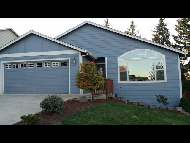 Immaculate AC 3BR/2B SE Salem, OR. USA - Salem