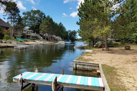 Upper Silver Lake Retreat - Mears