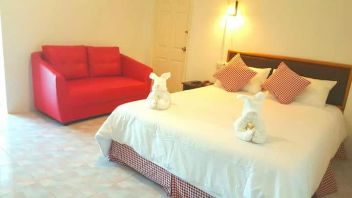 Standard Double Room at Hotel De Ratt Phuket