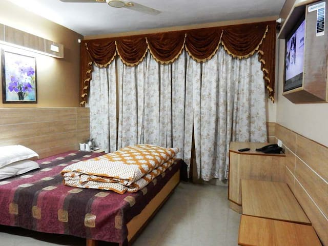 Sunrise Villa: stay with nature - Shoghi