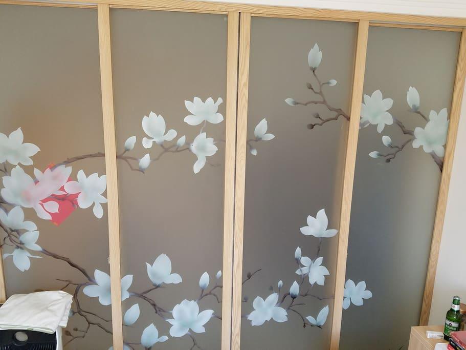榻榻米玻璃门,美观,私密