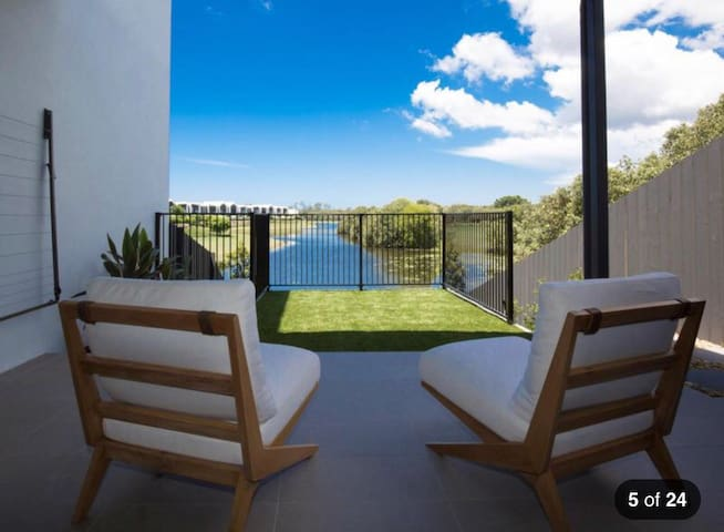 Friendly home in Goldcoast