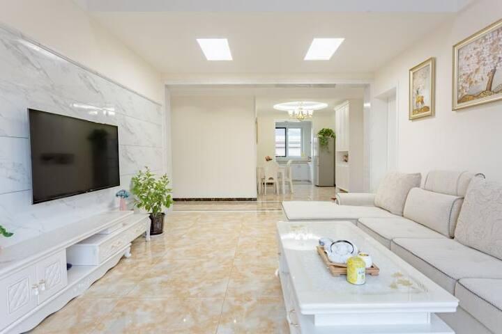 台儿庄古城的后花园一家/景区loft复式六居洋房/地暖