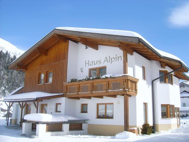 Haus Alpin Apartments **** Apart. Bergkristall