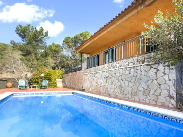 3 Bedrooms Villa with private swimming pool