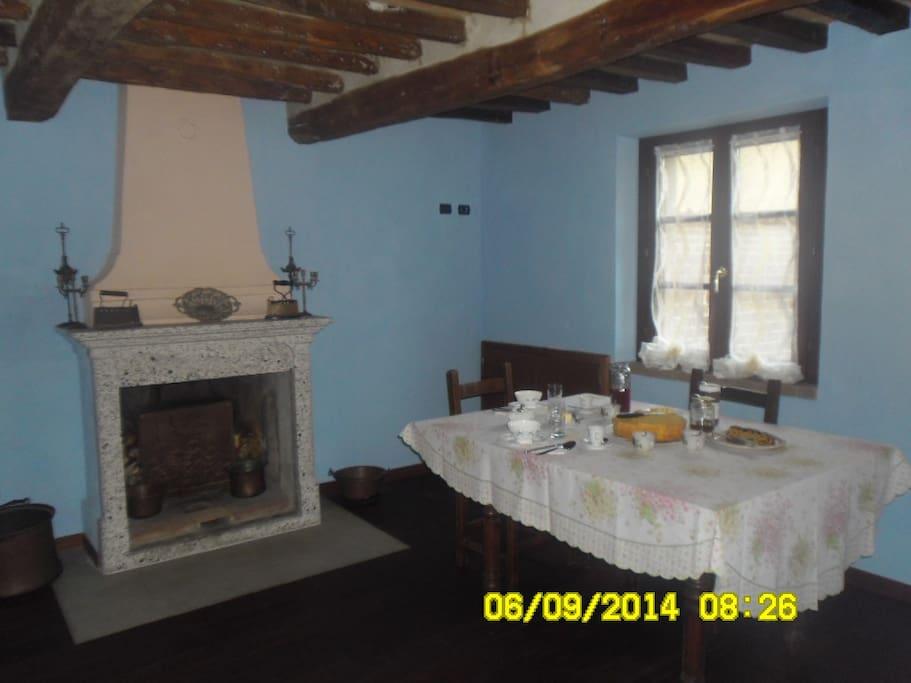 stanza per la colazione