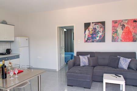LAZAROS HOME 1