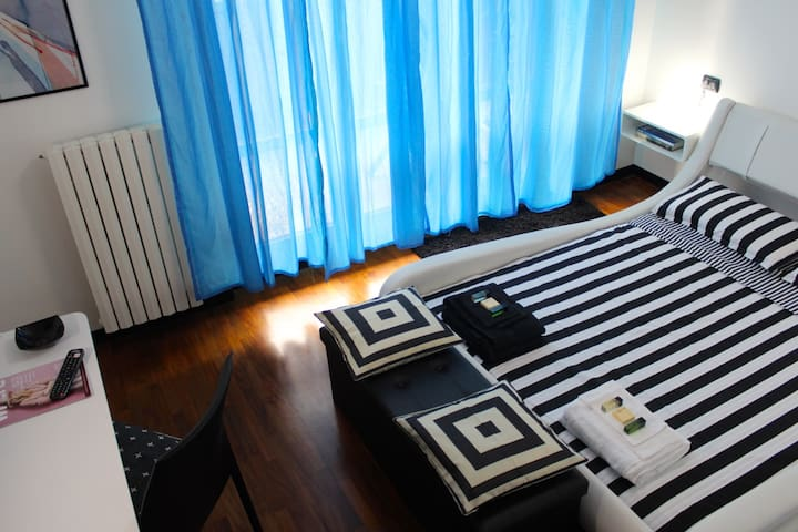 THE HOUSE IN THE PARK, HOSPITALITY A FIVE-STAR - Milão - Apartamento