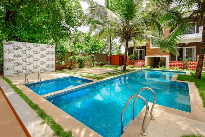 Quaint 1 BHK with a pool for three/74271