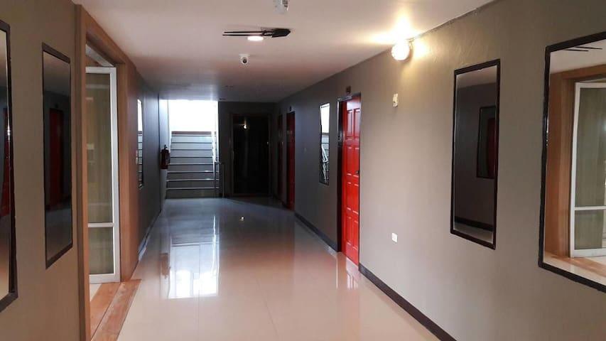 Sriwiraiwan Hotel