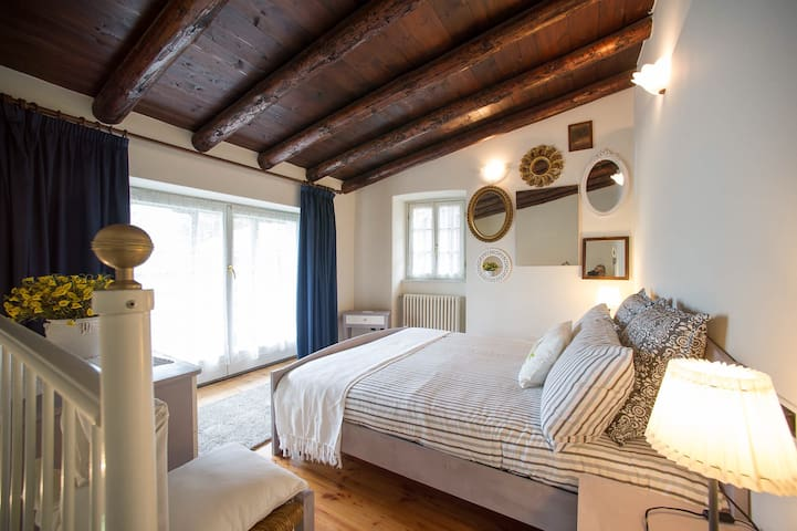 New SuperCentral Charming Cottage - Sondrio - Casa