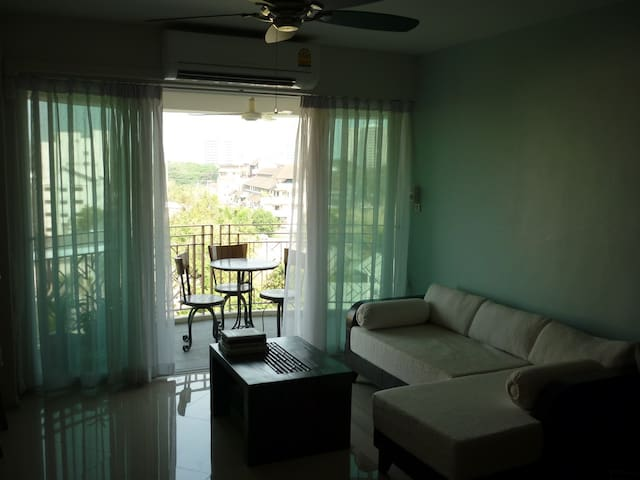 Old town suite, large balcony and great view