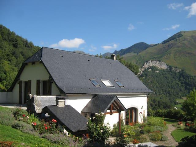 l'Espiatet (l'endroit d'où l'on voit) - Borce - Casa