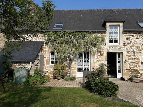 maison en pierre renovée