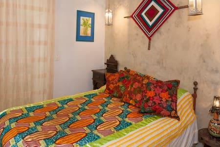 Ojo de Dios, Casa del Jardín - Sayulita - Bed & Breakfast
