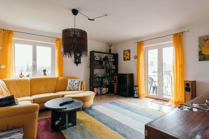 ruh.,gemütl. 2-Zi.Whg. Murnau,65qm - Murnau - Apartment