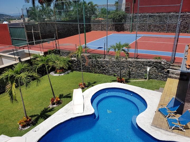 Hermosa casa de descansó en las Brisas, Morelos.