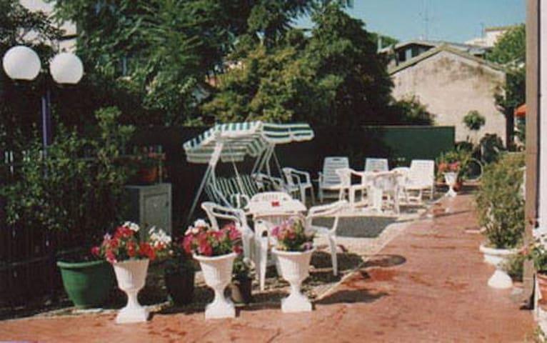 B&B Villa Gina - Viserba - Camera doppia