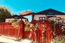 Om Home Beach Studio Bungalow - Walk to the Beach