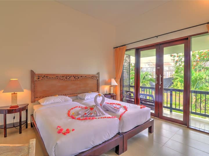 Sanur Private room 207 with balcony with kitchen