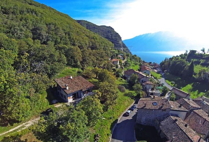La Casa del relax a Gargnano - Gargnano - Vila