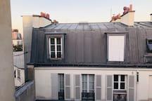 Room in the center of Paris.