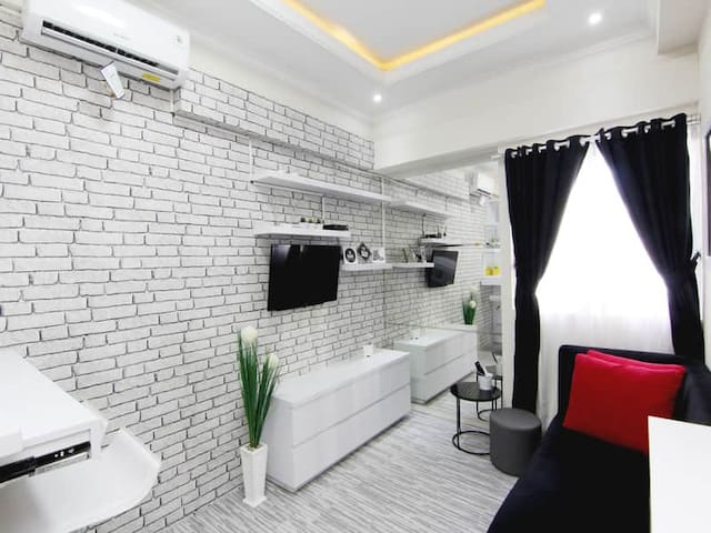 Cozy Room with Kitchen @The Suite Metro by MM Pro