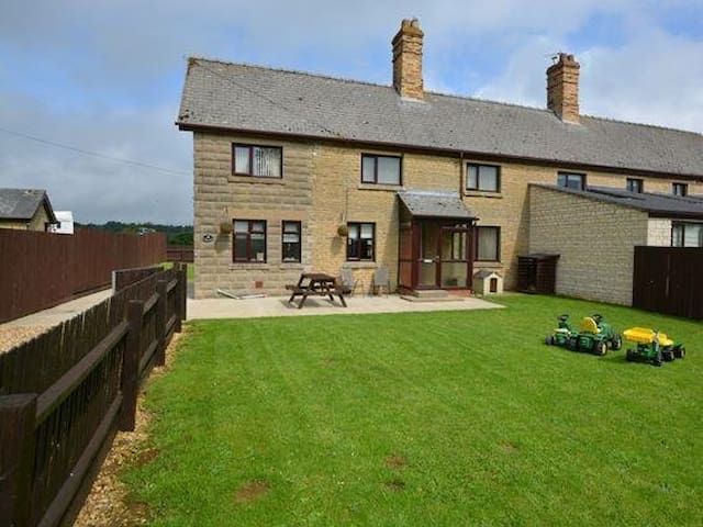 MOO COW COTTAGE  SELF-CATERING - Stretton - Casa