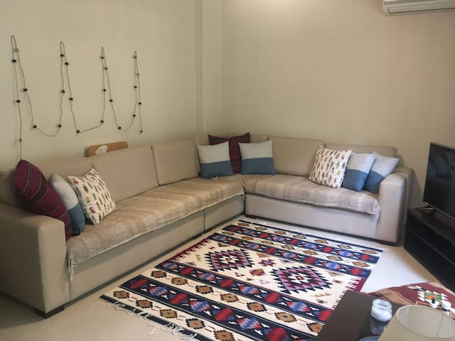 Private Room in a Cozy Clean Flat in Degla