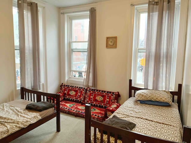 Private Room in the heart of Williamsburg