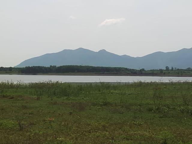 Da Den Lake