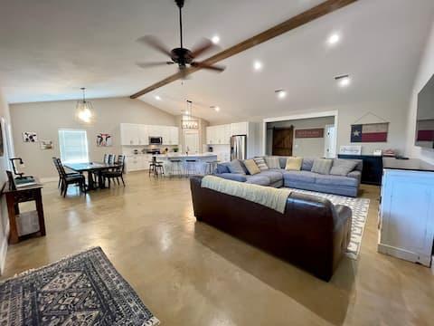 New 3 bed 2 bath Abilene Country House on 2 acres