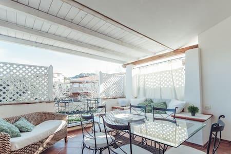 Duplex Apartment Mirto
