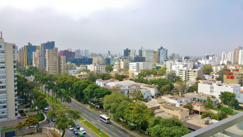 Penthouse room with a great view in San Isidro!