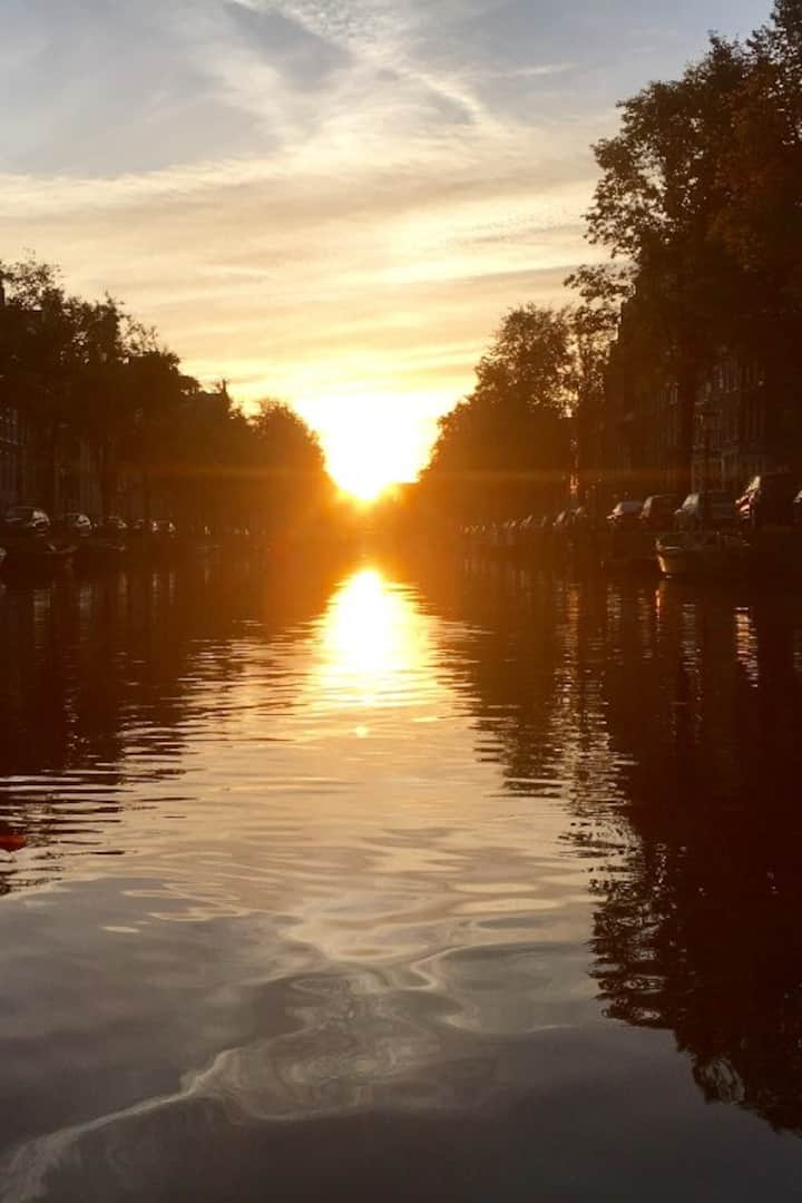Sunrise Amsterdam canals