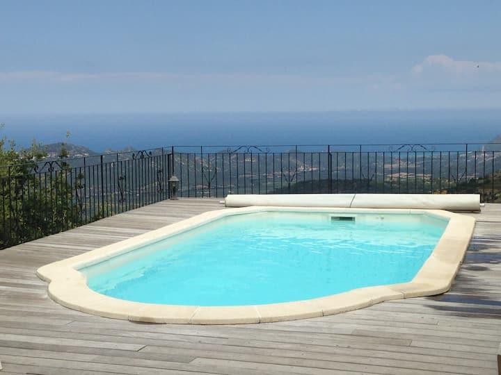 villa vue panoramique piscine chauffée jacuzzi