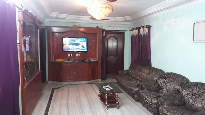 1BHK Family Unit with kitchen @Benz circle AC Room