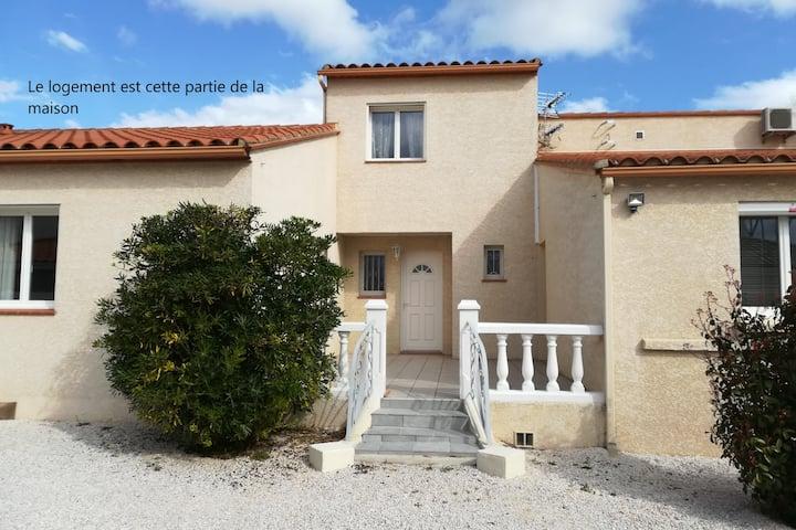 """La maison """"de la mer""""  jacuzzi et piscine ext. 4*"""