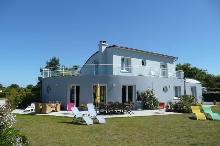 Location Villa à 100m des plages de keremma - Tréflez - House